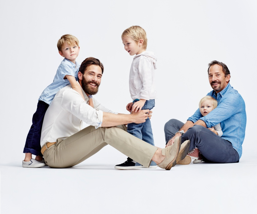 If you're looking for a Father's Day gift, go check the new Dockers® Signature On-The-Go Khaki Stretch Straight-Fit Flat-Front collection.