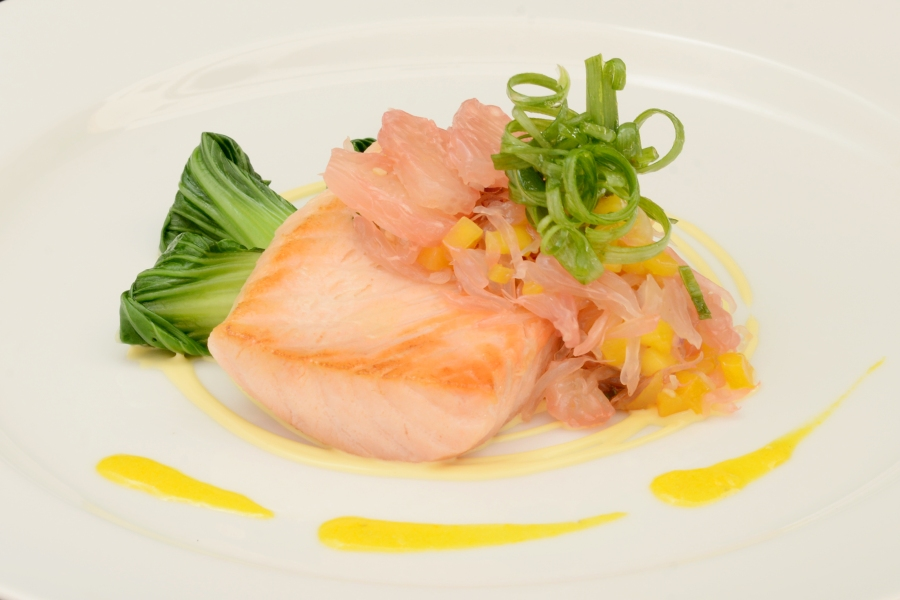 DVO Main dish - Slow Baked Salmon Fillet with Pomelo