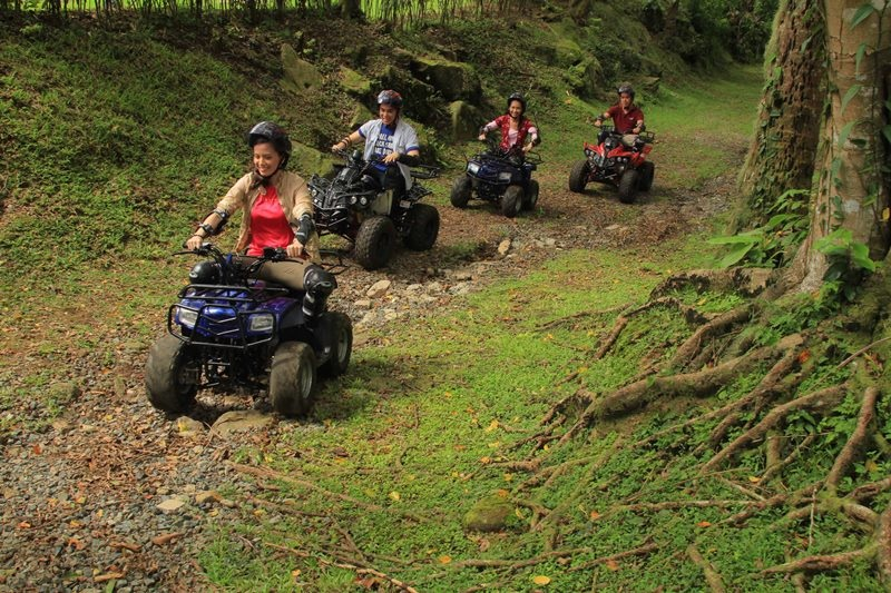 Tagaytay Highlands offers various sports and recreational activities, like ATV rides where guests can explore nature and take in picturesque vistas while riding an ATV.