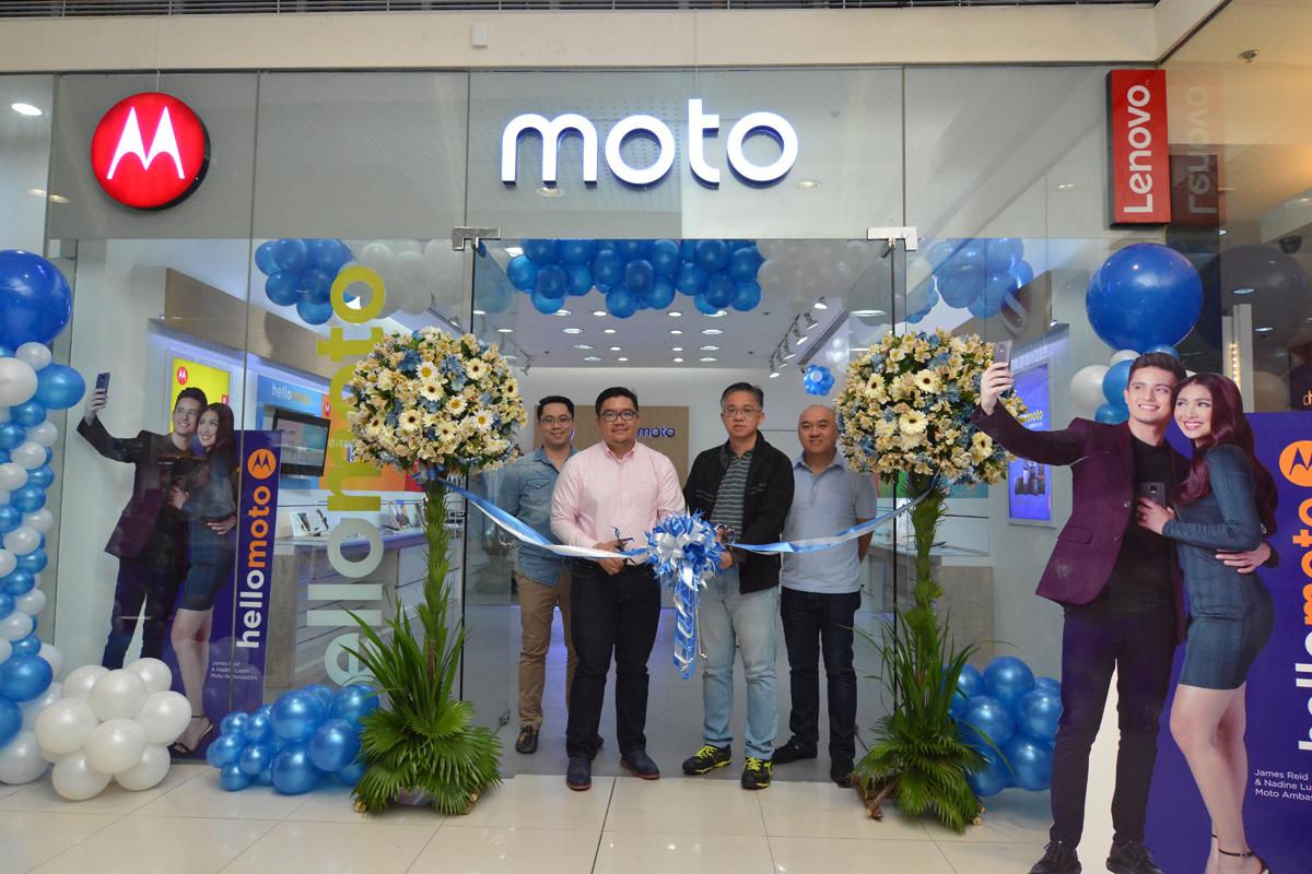 The Moto Store in SM North EDSA Annex officially opened on January 20, 2017