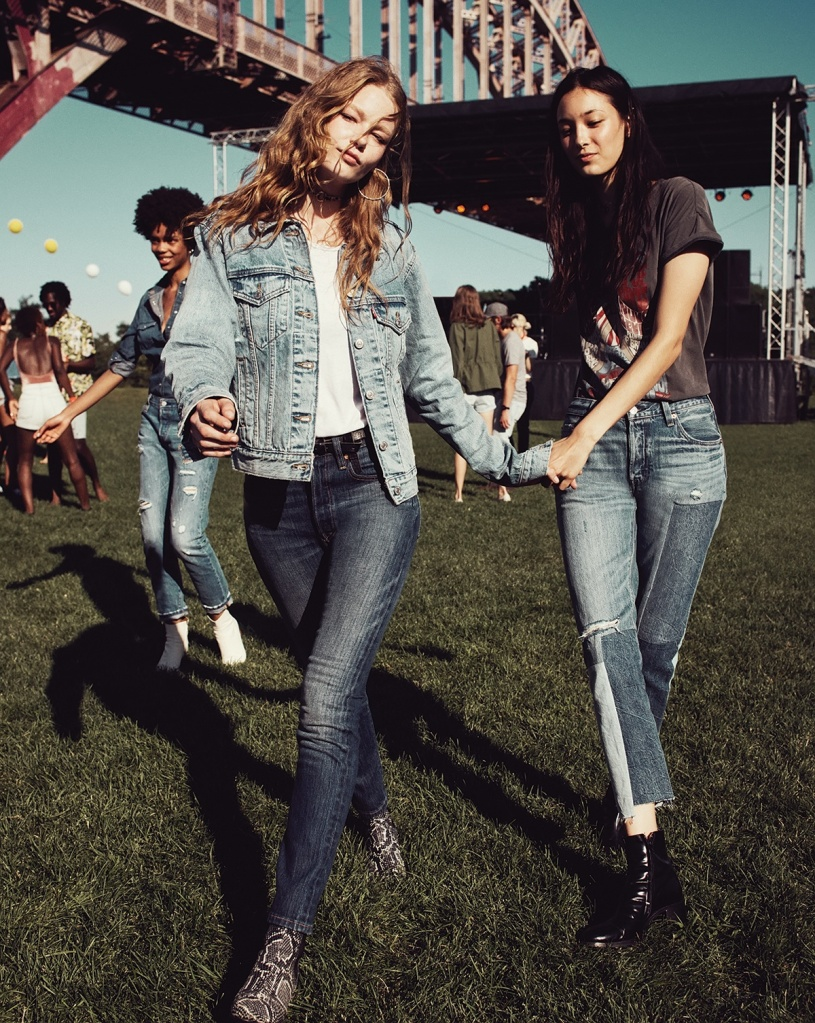 The search for the perfect ladies' jeans is over with the Levi's 501 Skinny, the 501 Original remastered but leaner and slimmer, to fit today's slim-fit trend.